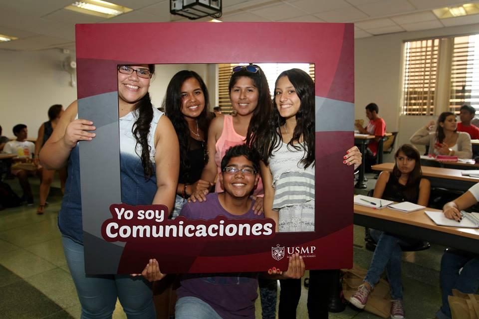 Estudiantes De Comunicaciones 12
