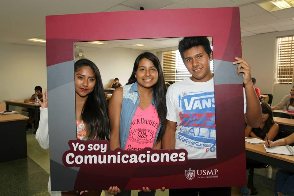 Estudiantes De Comunicaciones 13