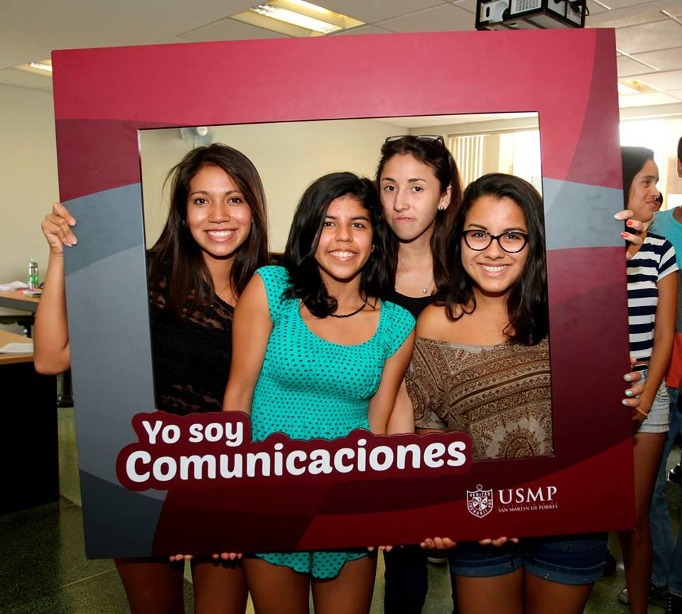 Estudiantes De Comunicaciones 15