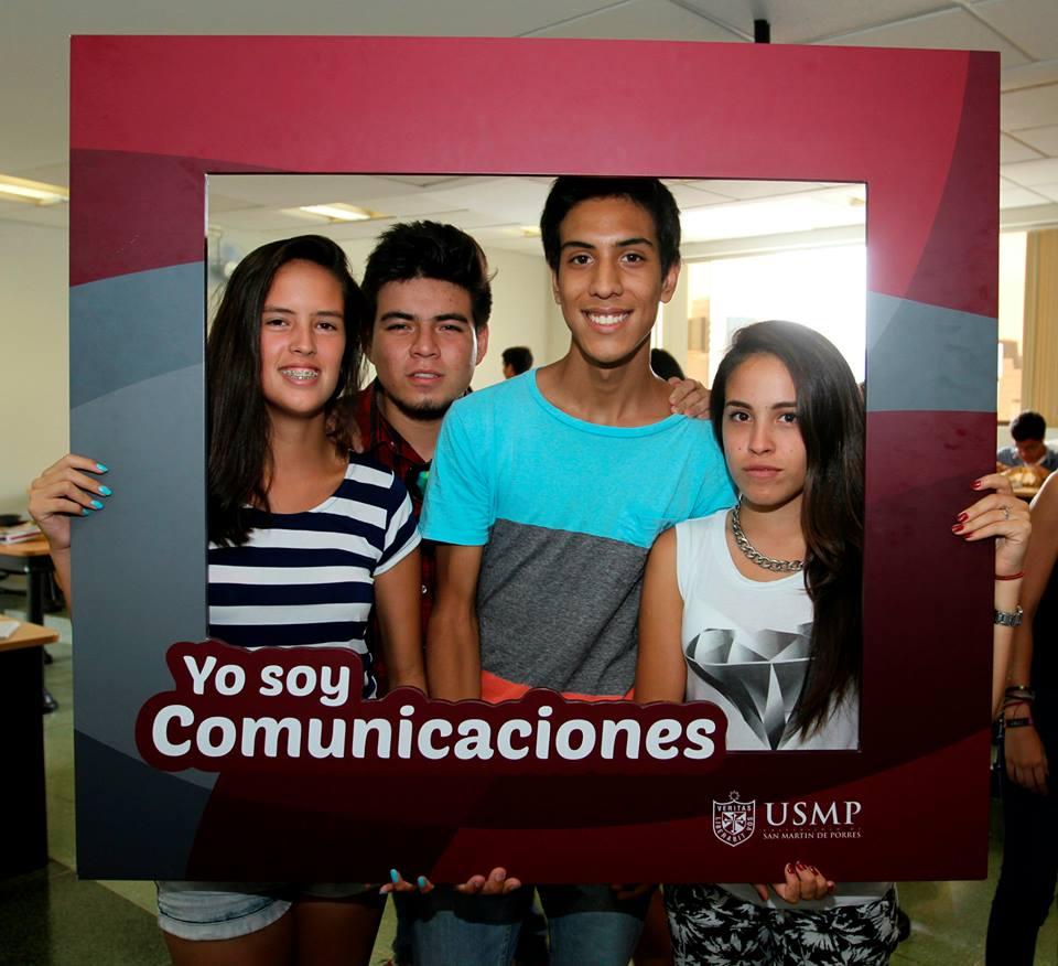 Estudiantes De Comunicaciones 16