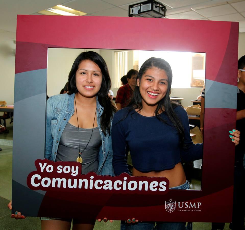 Estudiantes De Comunicaciones 17