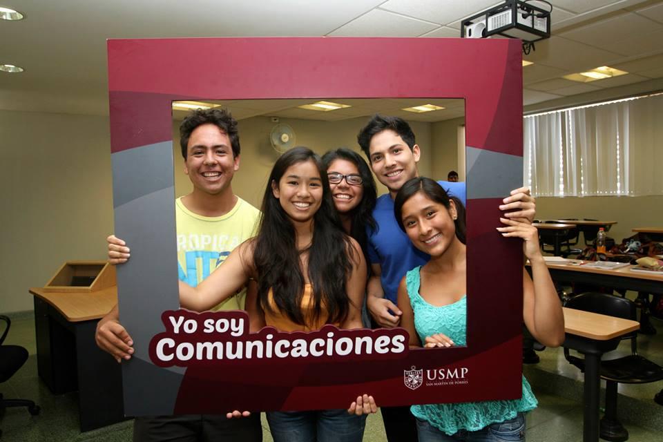 Estudiantes De Comunicaciones 4