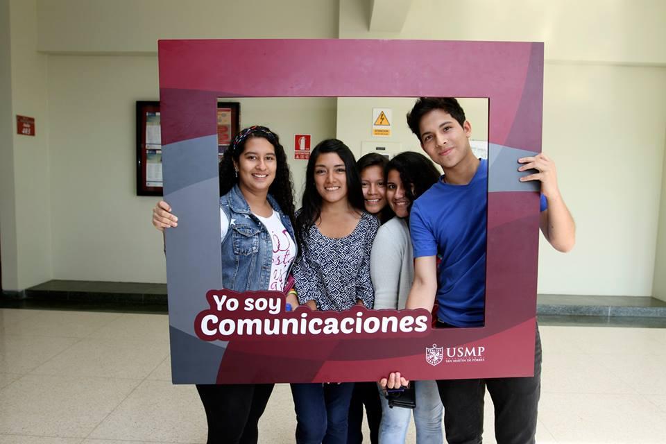 Estudiantes De Comunicaciones 8