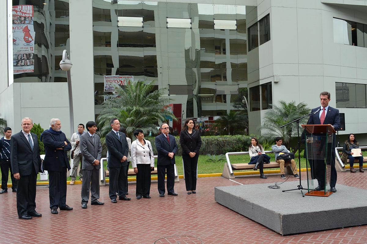 Representantes De La Escuela Profesional De Turismo Y Hotelería Presentes En La Inauguración.