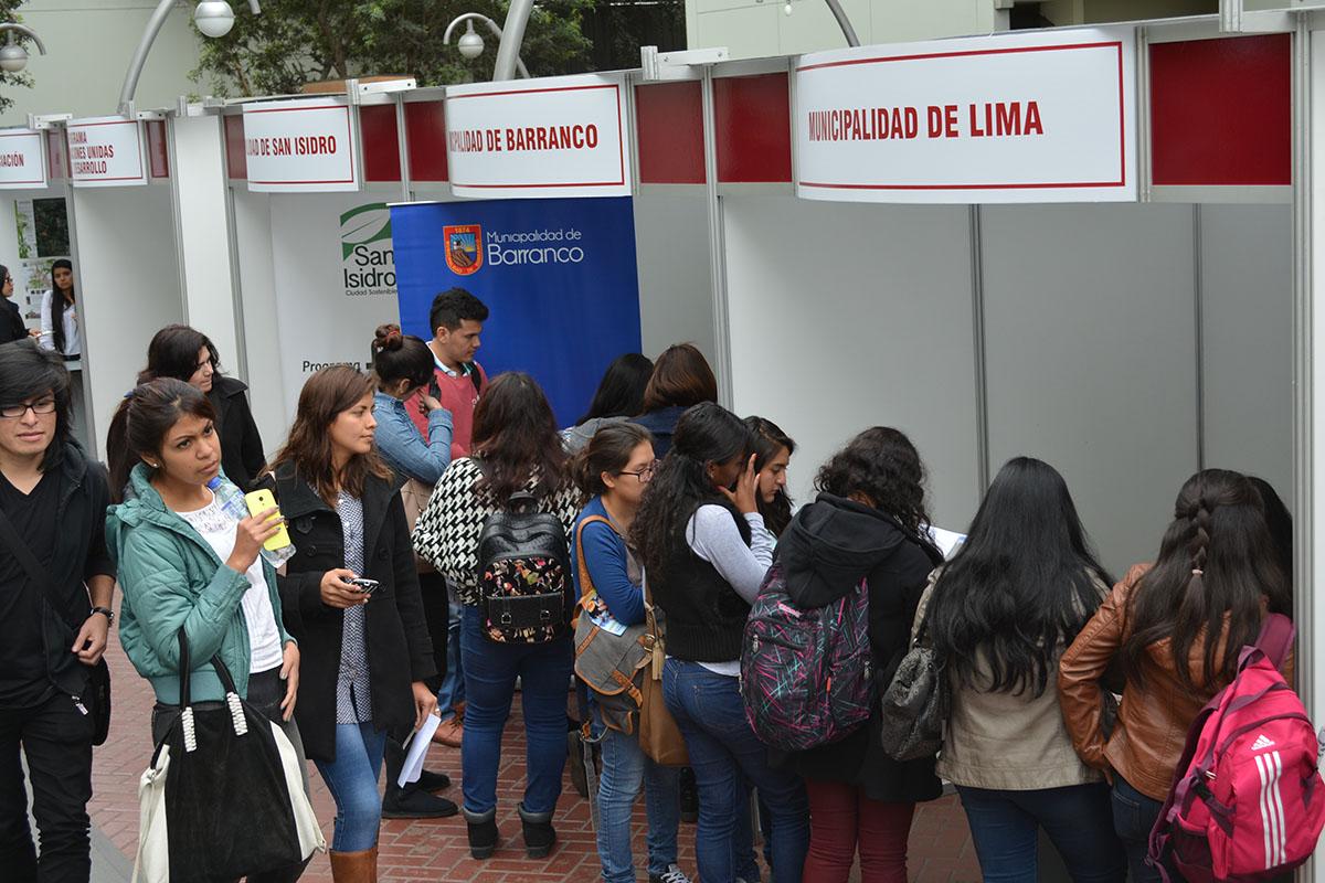 Stands De Municipalidades En La 3a Feria Laboral De Turismo Y Hotelería De La USMP