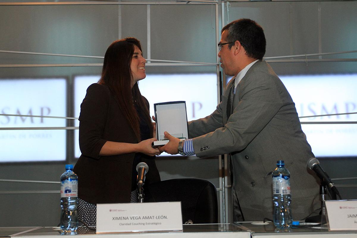 Conferencia De Ximena Vega