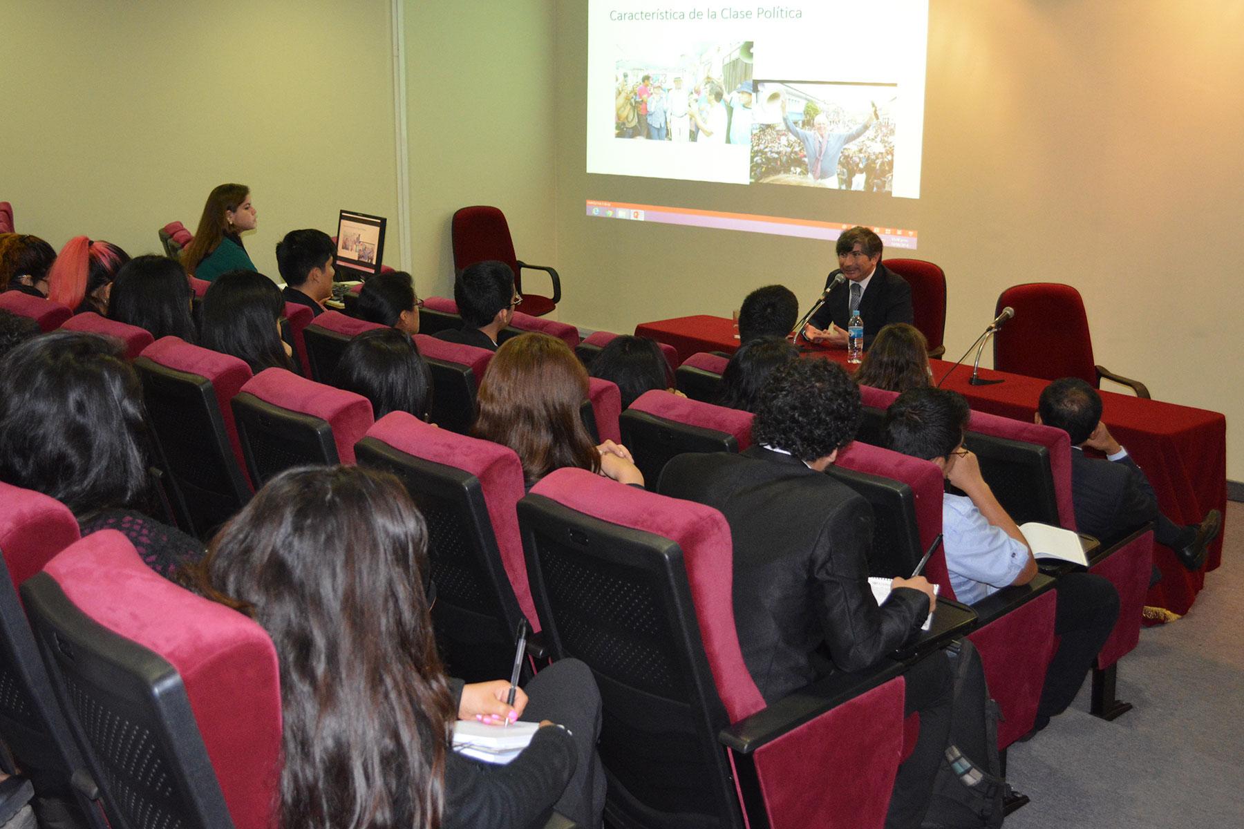 Pablo Muñoz Morales Realiza Ciclo De Conferencias En La FCCTP