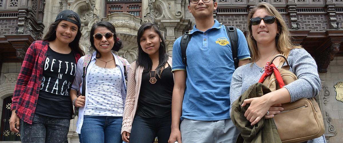 Estudiantes De Intercambio Académico Visitaron La Catedral De Lima Y El Palacio Arzobispal