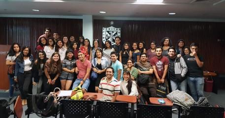 Titi Plaza Brindó Master Class Actoral A Alumnos De La FCCTP
