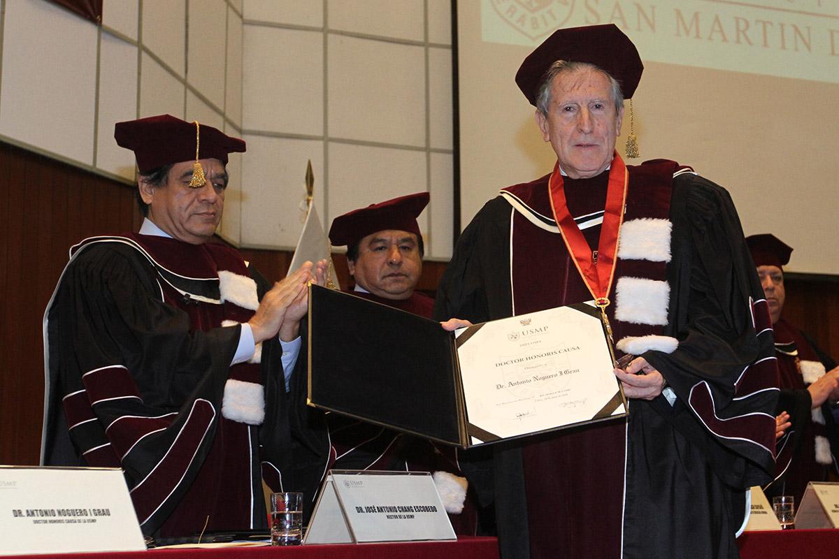 Reconocimiento A La Trayectoria Del Doctor Antonio Noguero